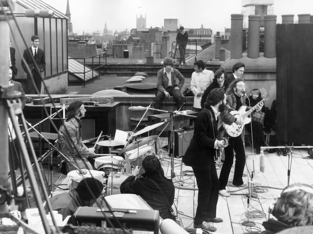 Ein Bild des Dach-Konzerts in der Savile Row.