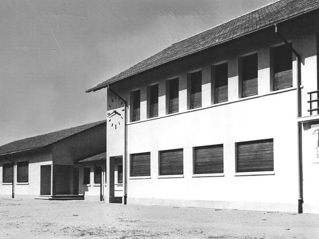 Historisches Foto mit der neuen Fabrik