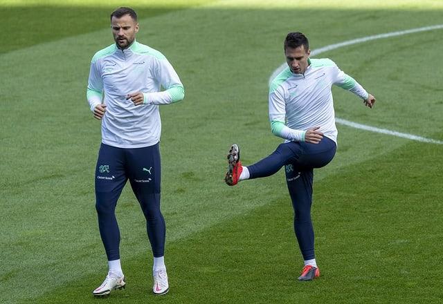 Seferovic und Gavranovic nebeneinander im Training