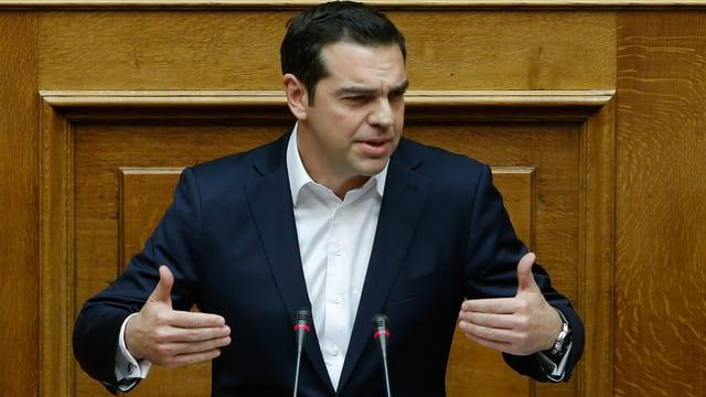 Der griechische Regierungschef Alex Tsipras spricht im Parlament