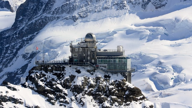 In der Höhe ist es sehr mild. Auf dem Jungfraujoch wurden am Dienstagnachmittag 10,3 Grad erreicht.