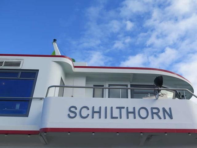 Schiff mit Aufschrift Schilthorn
