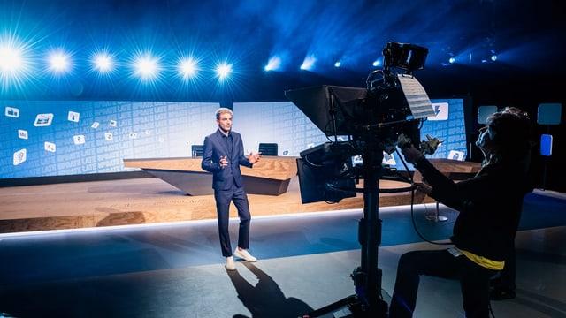 Video ««Late Update» mit Michael Elsener und Gast Ruth Humbel» abspielen