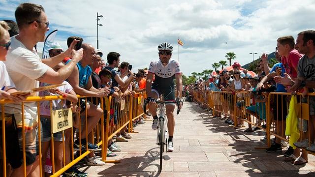 Fabian Cancellara avant la partenza da la segunda etappa da la Vuelta.