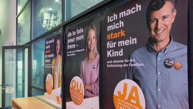 Plakate der Pro-Kampagne