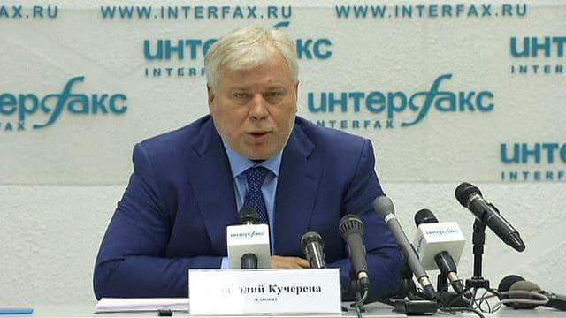 Anwalt Anatoli Kutscherena an der Medienkonferenz in Moskau.