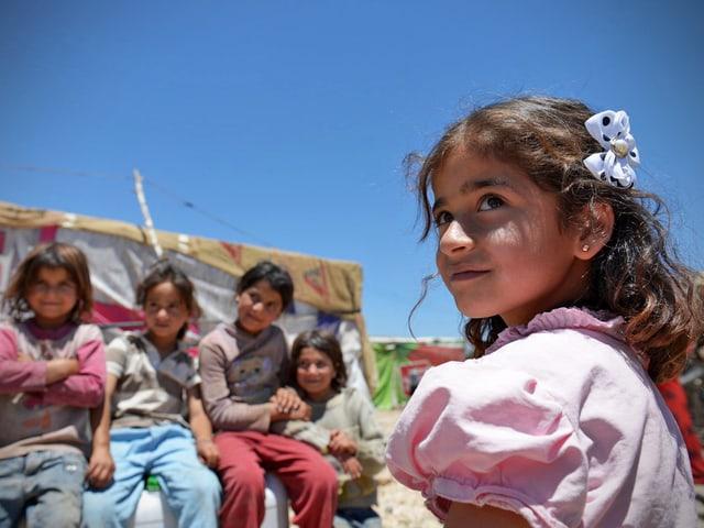 Aya ist eins von zahlreichen Kindern, die Medair mit Notunterkünften versorgt. Einen sicheren Ort zu haben, gibt Kindern wie Aya Hoffnung auf eine bessere Zukunft.