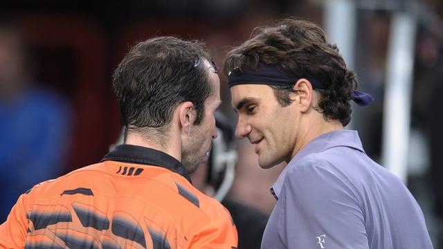 Radek Stepanek (l.) und Roger Federer.