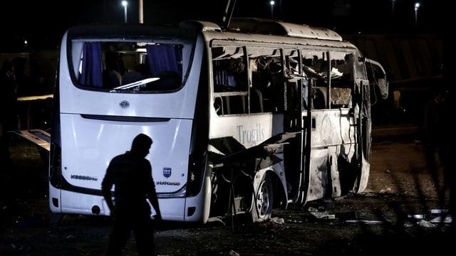Purtret dal bus destruì datiers da Gizeh.