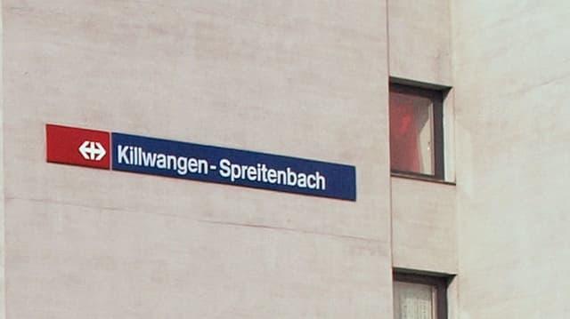 Schild des Bahnhofs Killwangen-Spreitenbach