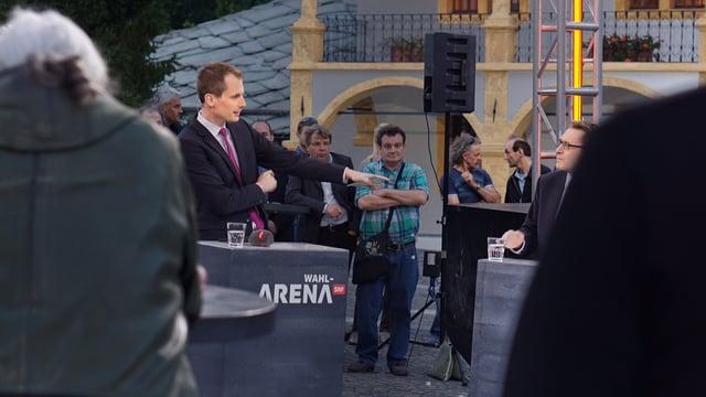 Jonas Projer in der Arena