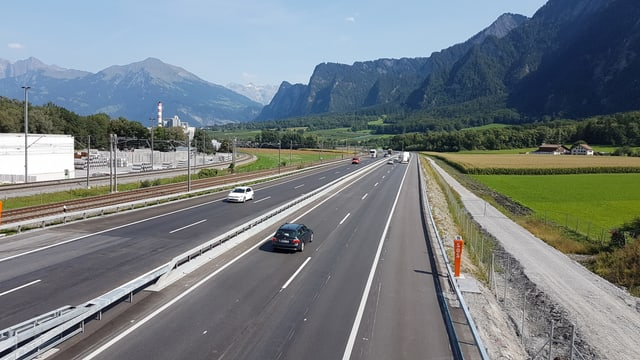 vista sin il traject nov da l'autostrada sper Trimmis