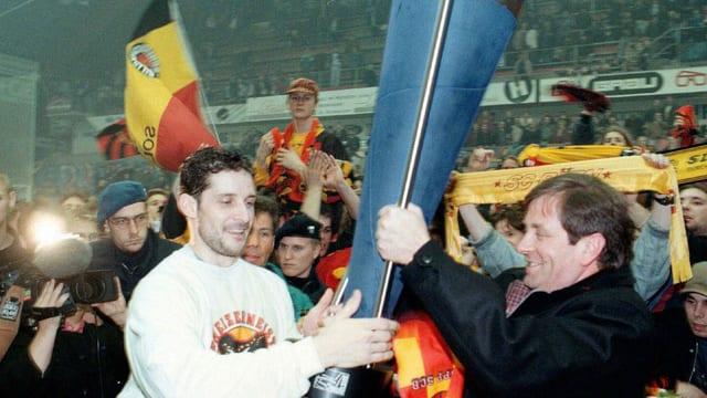 Surdada dal pocal a Roberto Triuliz, campiunadi Svizzre 1997