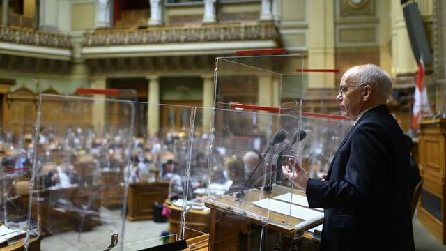 Cusseglier federal Ueli Maurer discurra en il Cussegl naziunal.