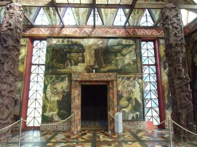 Halle mit Mosaikboden