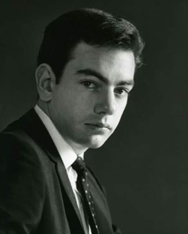Schwarz-Weiss-Porträtaufnahme von Neil Diamond.