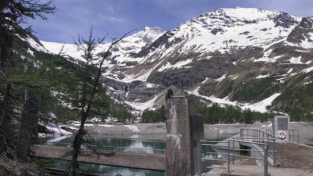 l'ovra idraulica Cavaglia sisum la Val Puschlav