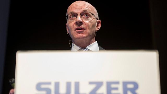 Sulzer-CEO Klaus Stahlmann: Der Umsatz seines Unternehmens ist zurückgegangen.