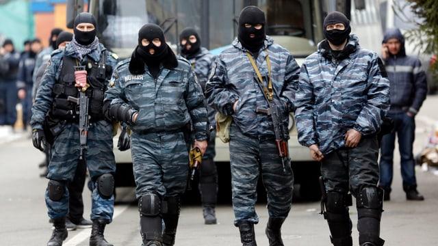 Mitglieder der Sonderpolizei Berkut am 22. Februar in Kiew.