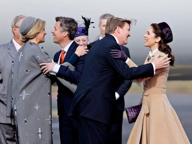 Königin Máxima, Kronprinz Frederik, König Willem-Alexander und Kronprinzessin Mary