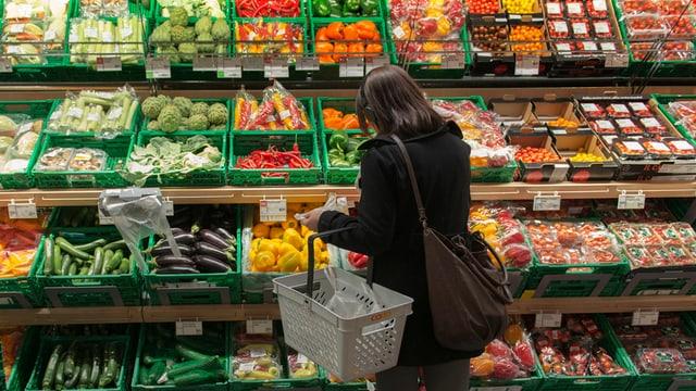 Gemüseabteilung eines Grossverteilers.