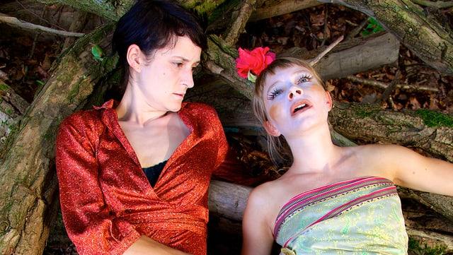 Die beiden Schauspielerinnen Melinda Giger und Sylvie Kohler.