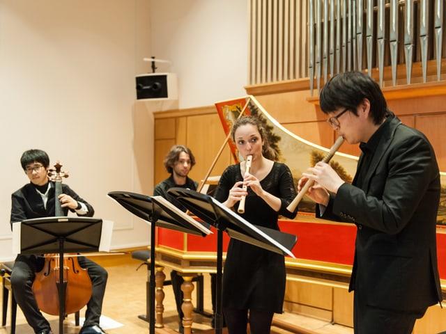 Konzert der «Schola Cantorum Basiliensis» mit Blockflöte, Gambe und Cembalo.