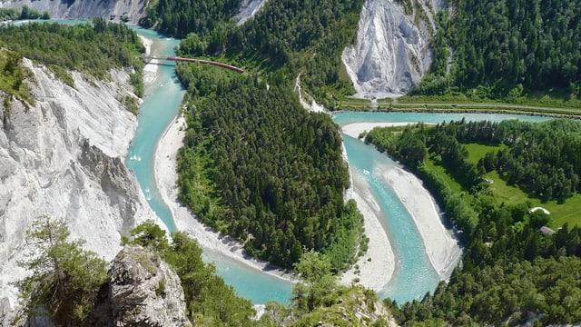 Video «Wasserwelt Schweiz: Die Kraft des Wassers (4/4)» abspielen