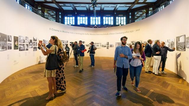 Ausstellung im Hotel des Bains in Venedig.