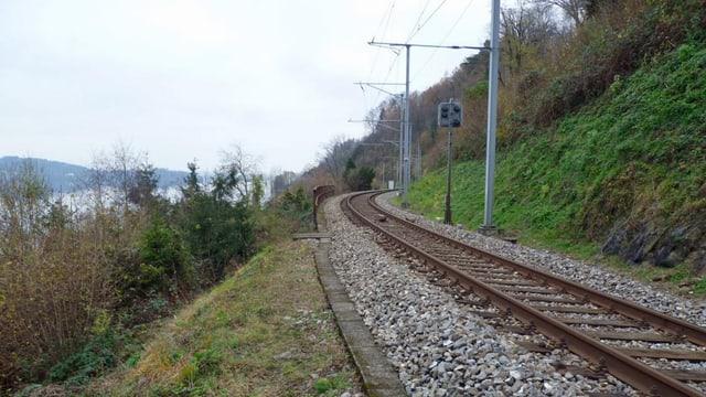 Bahntrasse am Ostufer des Zugersee's bei Walchwil.