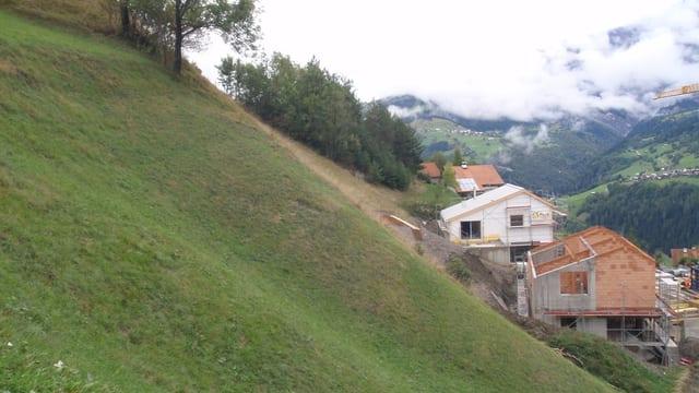 Territori d'abitadi «Casanova» en la fracziun da Cumbel, Lumnezia.