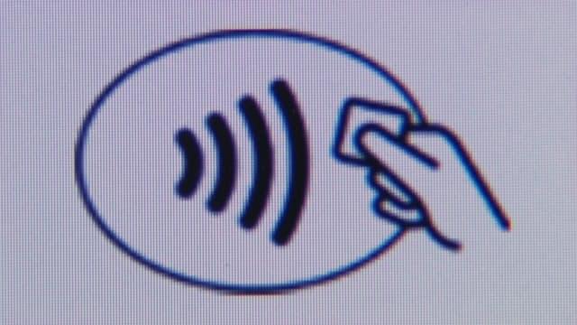 Trauen Sie dem kontaktlosen Zahlungssystem?