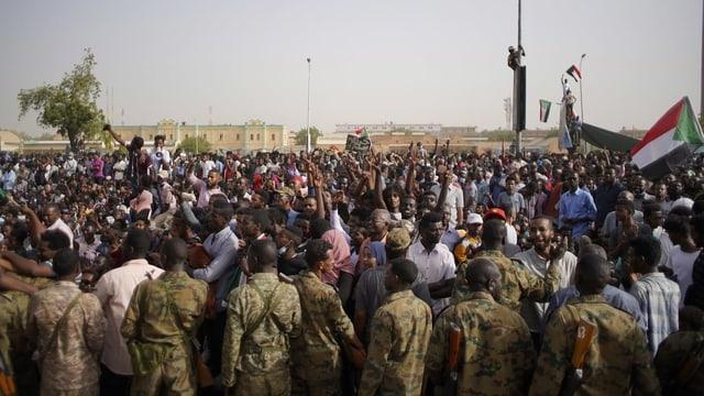 Purtret da protestas en il Sudan.