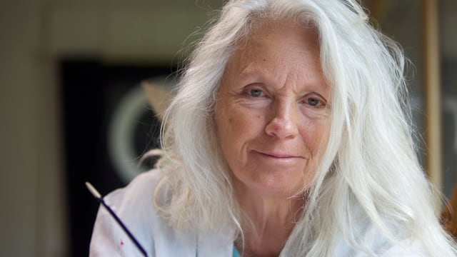 Katharina Vonow ha survegnì il 5avel premi d'art da la Somedia.