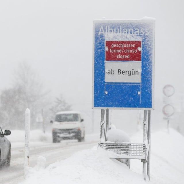 Albulapassstrasse im Winter