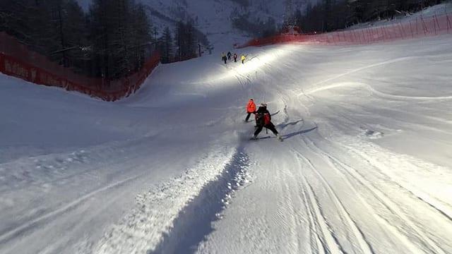 Zu viel Neuschnee macht ein Training in Val d'Isère unmöglich.