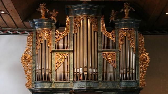 Duell der Giganten: Bach gegen Corona