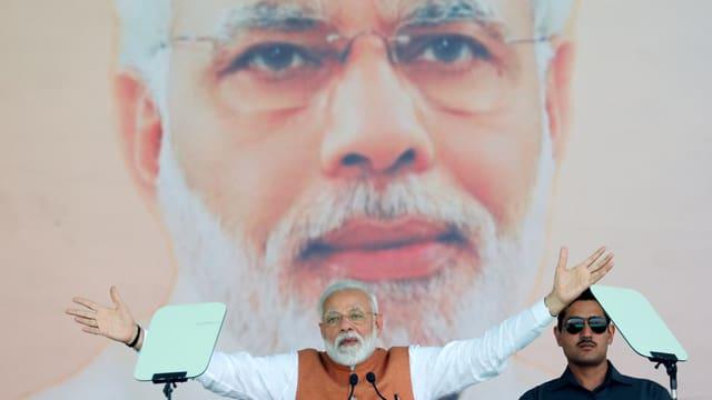Narendra Modi: Sohn eines Teestandbesitzers