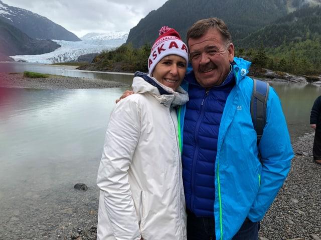 Hansueli Oesch mit seiner Frau Annemarie in Alaska.