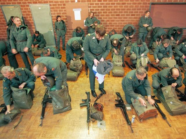 Armeeanghörige