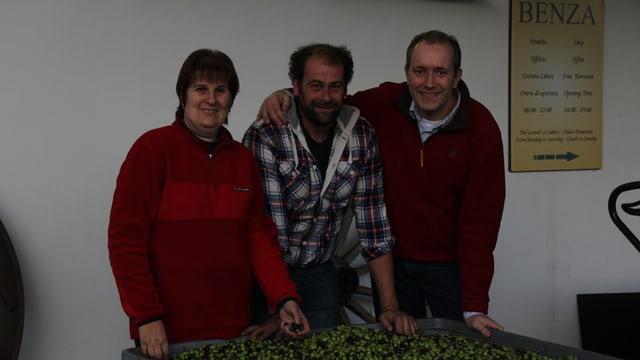 Claretta Siccardi und Gigi Benza, unterstützt von Oliven-Experte Philippe Notter