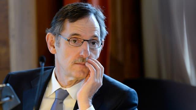 Portrait von Sicherheitsdirektor Mario Fehr.