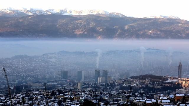 Blick auf Sarajevo im Winter