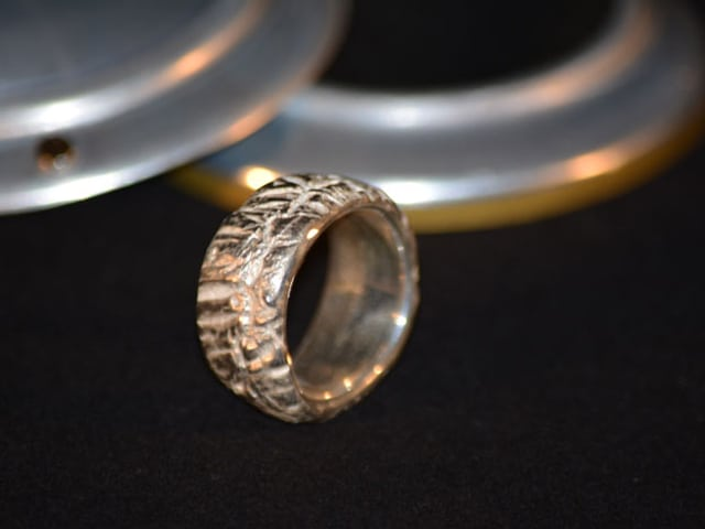Fingerring aus Silver Clay.