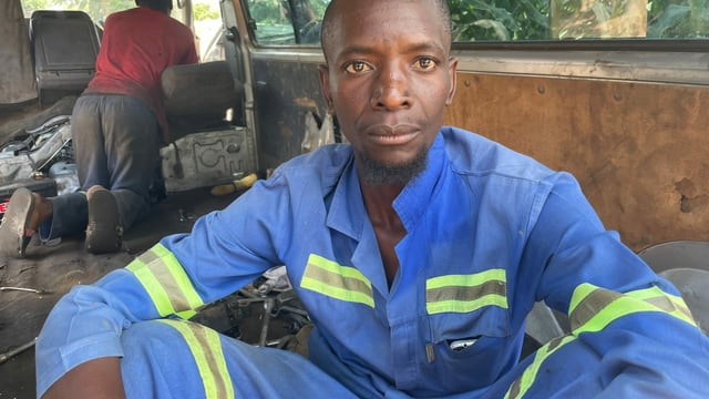 Mechaniker Robert Tabane.