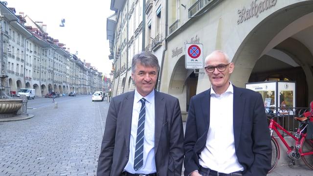 Portrait zwei Männer in Berner Altstadt.
