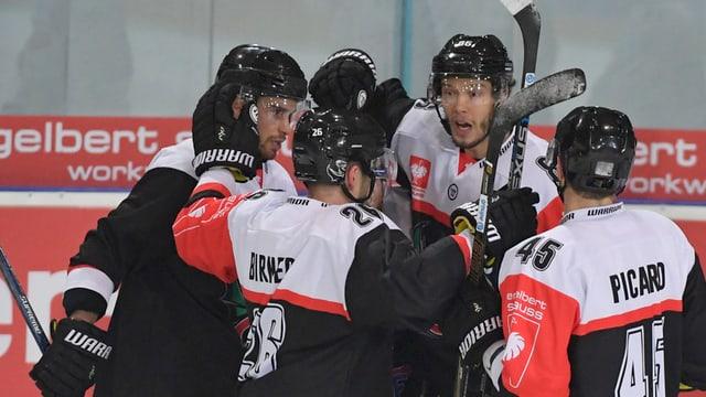 Giugaders da hockey da Friburg.