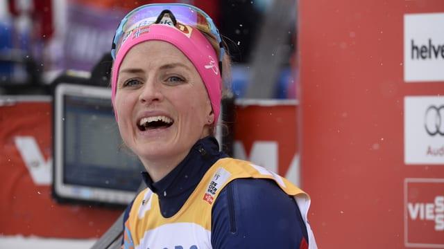 La skiunza da passlung Therese Johaug suenter la cursa da la sonda, ils 13 da favrer 2016.