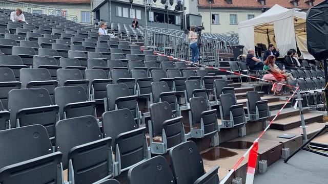 Bei den Proben sind die Sitze noch leer, das wird bei der Premiere dann ganz anders aussehen.