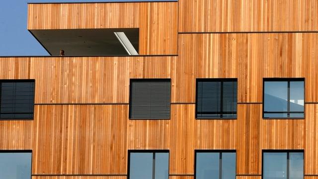 Holzfassade eines Hauses